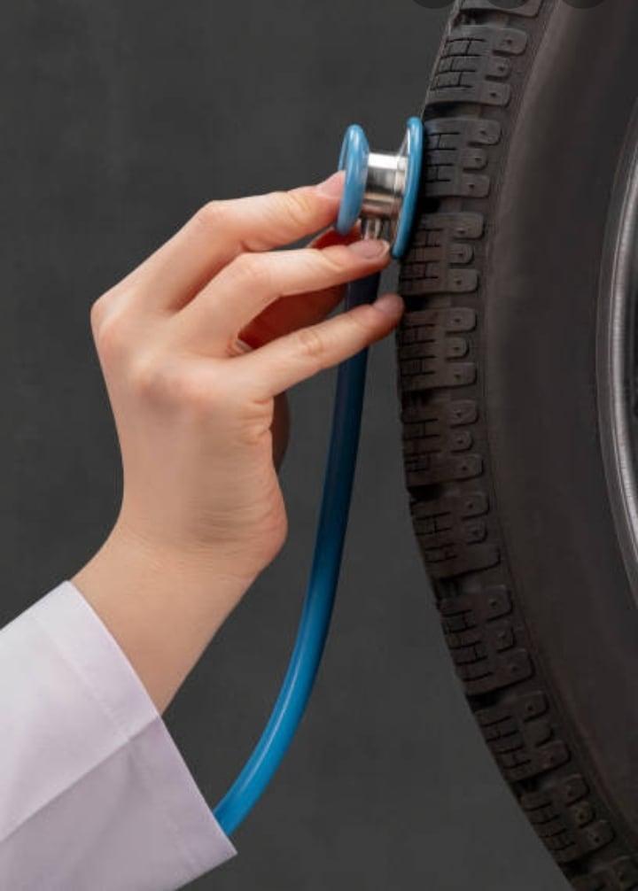 Specijalizovani smo za prodaju pneumatika, vulkanizerske usluge, ispravljanje felni i centriranje trapa.